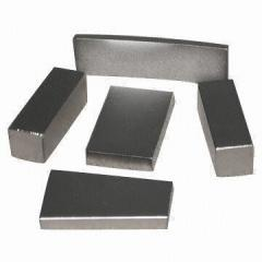 Magnetic for dresser iron ore blocks
