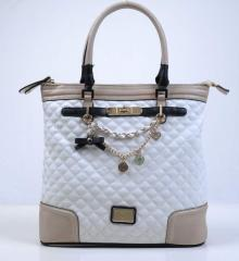 Medium size lady bag