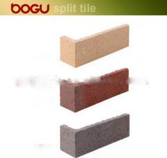 Ceramic corner tile