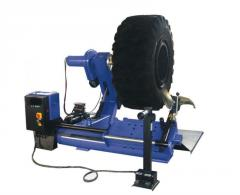 Tyre assembly machines