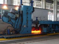 Universal hydraulic presses