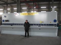Hydraulic shear QC11Y-12X3200