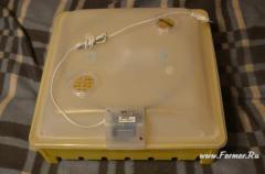 Инкубатор c полуавтоматическим переворотам яиц