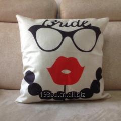 BZ078  Figure cotton and linen  hold emoji pillow