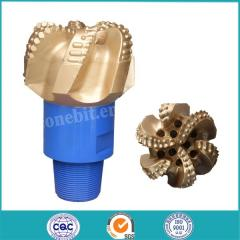 PDC bit for oil drilling