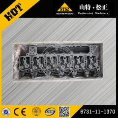 In our stock for PC200-7 Cylinder head 6731-11-1370 Komatsu spare parts