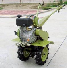 モチ栽培者。 モデル: 1WG-4 (with 170 diesel engine)