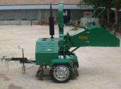 Diesel Engine Wood Chipper. Model: WC-18H