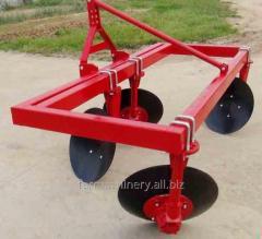 1 or 2 Rows Common Ridger. Model: 3Z-140