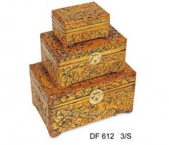 LUXURY ANTIQUE WOODEN DECORATIVE DISPLAY BOXES FOR SALE