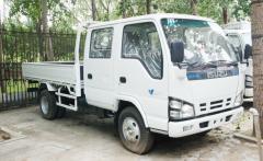 Isuzu 600p crew cabin transport truck