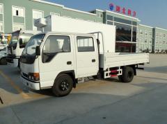 Isuzu 100P lorry truck double cabin