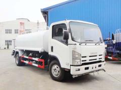 Isuzu 700P Elf water tanker truck 10000L