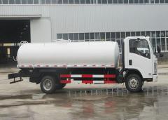 Isuzu 700P water tanker truck 10000L