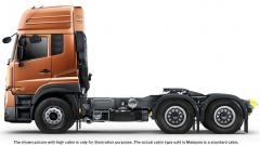 Quester GWE Nissan UD 6x4 tractor truck