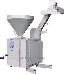 Meat processing machine of sausage vacuum filler