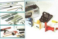 Bench and mounting tool