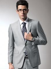 男人古典西服