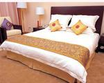 Oteller için yatak örtüleri ve İskoç şalları