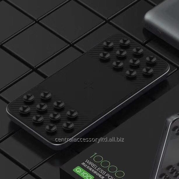 qi100_10000mah_wireless_fast_charging_power_bank