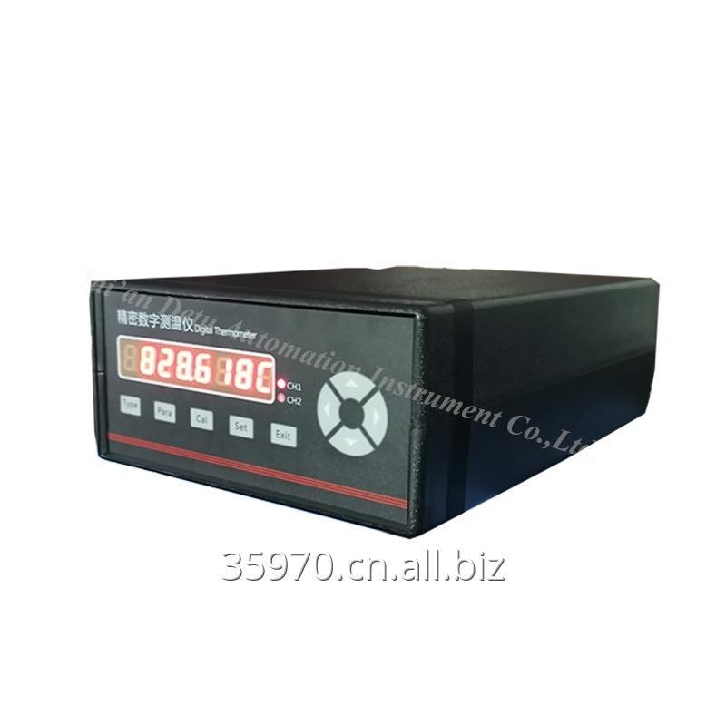 dtm_series_standard_precision_digital_thermometer