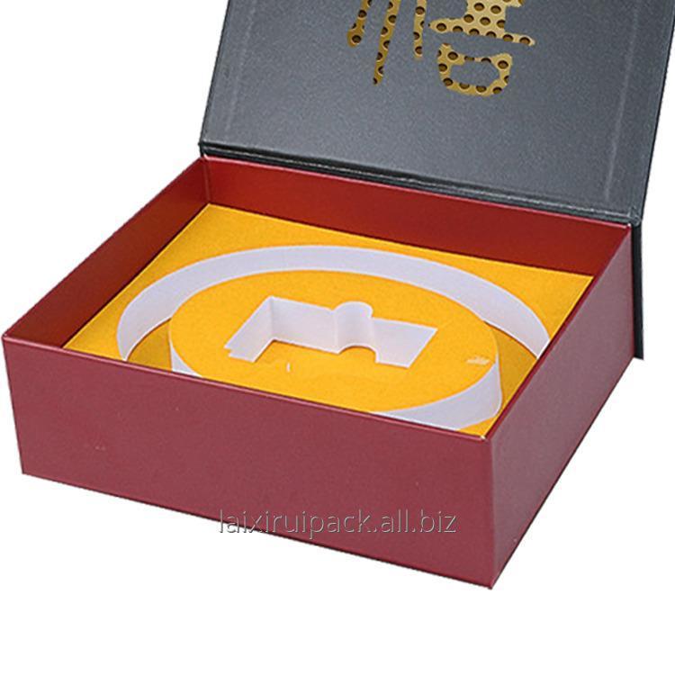 custom_luxury_leatherette_paper_box_with_eva