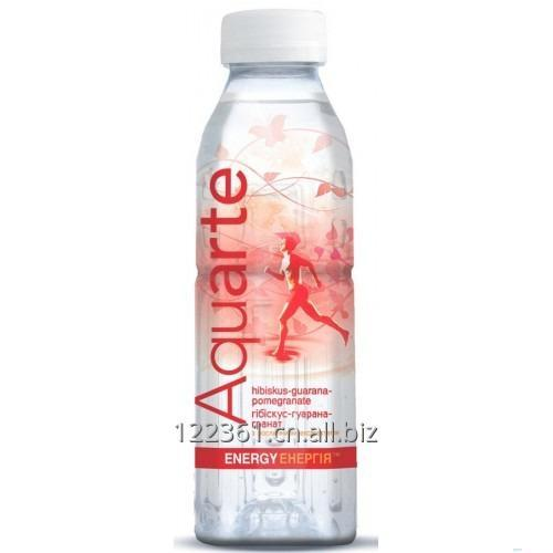 water_aquarte_with_vegetable_extract_and