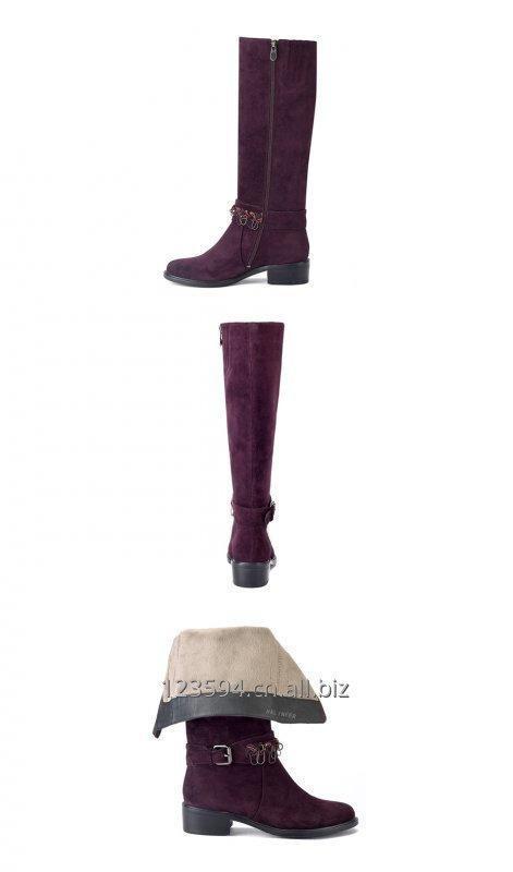 red_queen_women_boots