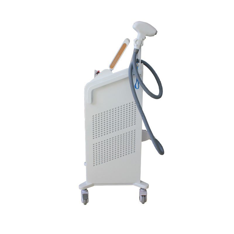 diode_laser_for_hair_removal_with_hybrid_radiator