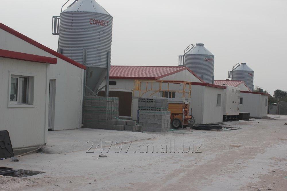 chicken_house_feed_silo