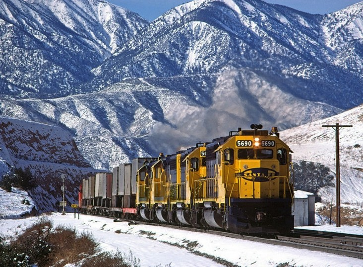 Logistics of railroad transportation