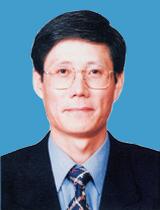预定 傅育宁博士,董事,总裁
